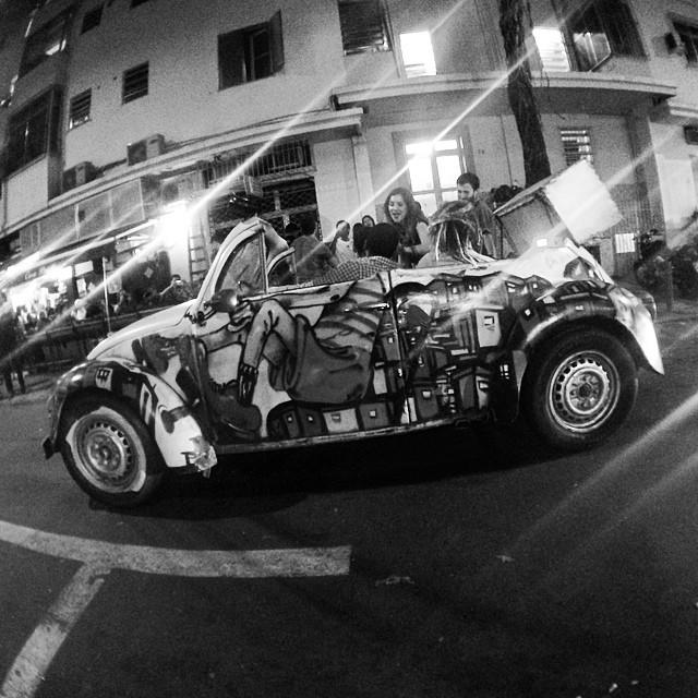 #fusca #beetle #grafite #graffitti #streetartrio #conversivel #flamengo #salvatorecafe #igersbrasil #igersrio