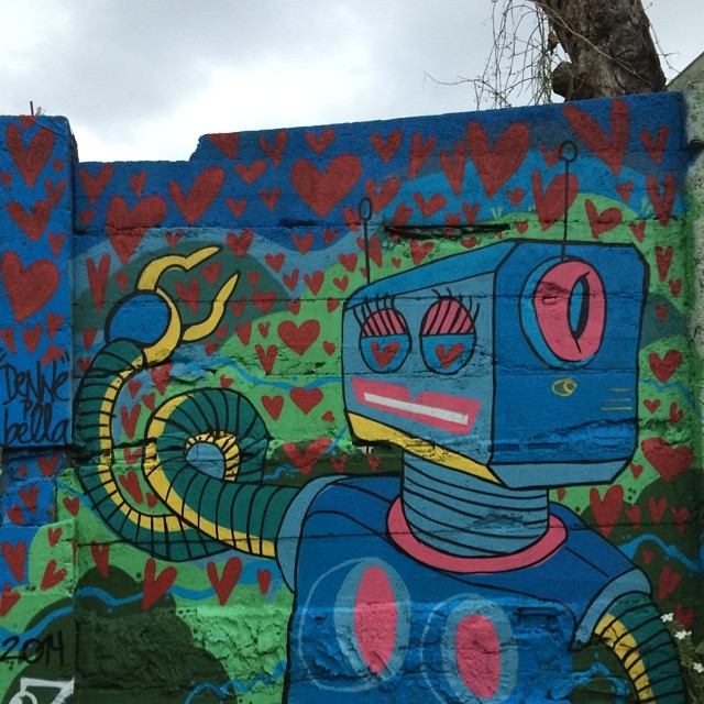 #loverobot #graffite #streetart #streetartrio #avon #tavaresbastos #denne72 #lovesweetlove #slowlife