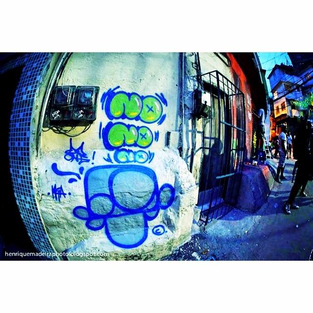 #multiraorocinha outra pedrada do meu mano @madeira_photo #graffiti no no no #djonereal & @mga021 #streetartrio #streetart
