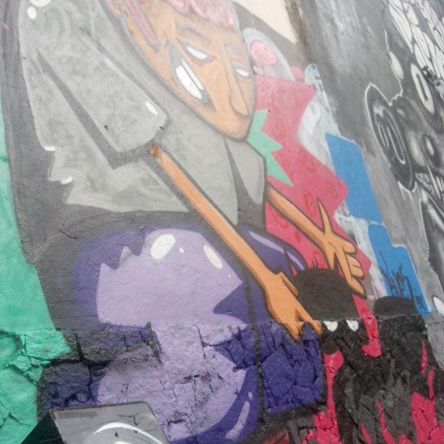 #streetartrio jaca city !!
