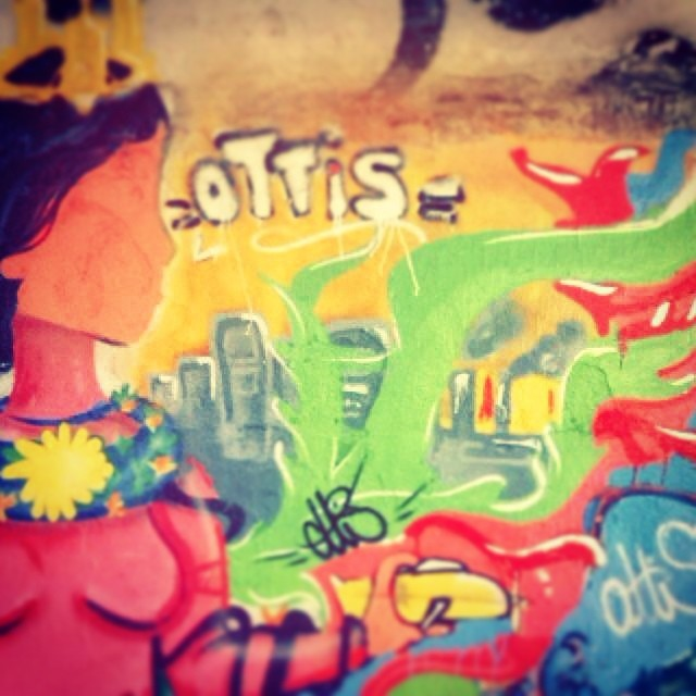 Deusa de Ipanema #streetartrj #streetartrio #ottis #ottisgrafiterj