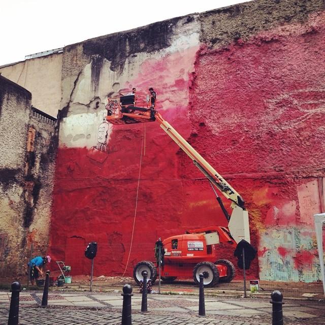 Mural comemorativo da @redenami e #institutoavon em comemoração do oitavo aniversário da #LeiMariaDaPenha na Rua do Lavrasio na #Lapa @kobrapaint @kobrapaintbrasil #streetartrio no @rioscenarium da grafiteira @panmelacastro