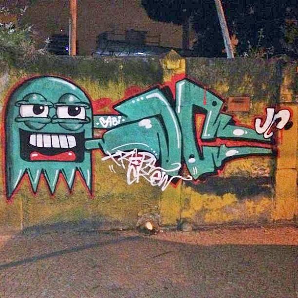 #instaart #spray #riodejaneiro #rj #instagraffiti #graffiti #graffite #artederua #art #artist #urbanart #graffitibrazil #graffitebrazil #loveart #spraypaint #streetart #freestyle #graffitirj #graffrio #rua #mtn #hiphop #streetartrio #ruasdazn #trapacrew #tafaltandomuro amigo cast e eu JC. Grajau