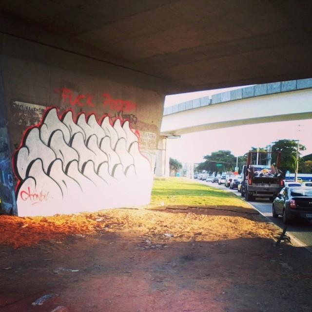 #sonbil #streetart #graffiti #graffitirj #brazil #ruasdazn #streetartrio #fuckposer Voltei!
