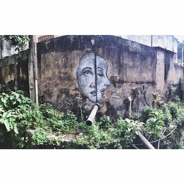• Favela dos Guararapes - Rio de Janeiro #streetartrio #pngone #instagrafite @instagrafite
