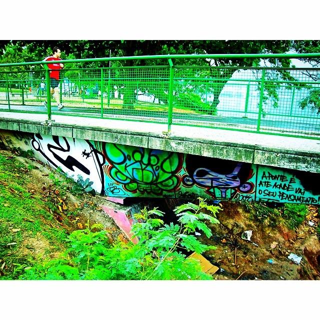 @gloyebzrj #djonereal @sockppxi #lagoa #oldpic #streetartrio #streetart #graffiti