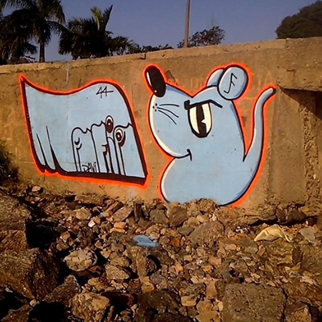 A Mafia44 do ratimblu!!rsrs #streetArtRio #street #ratimblu #arturbana #artederua #graffiti #niteroi #mafia44 #sãofrancisco