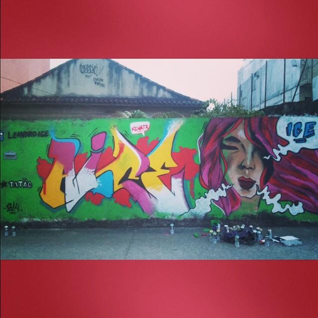 Adicione mais cor à sua vida... #graffiti #instagrafite #letters #leandromoura #leandroice #streetartrio #woman