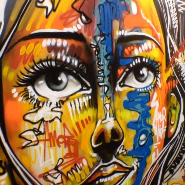 Feat. @joanacesar @6ra99a , dia clássico no #hoteldaloucura #graffiti #freestyle #rio #riodejaneiro #rj #streetartrio #instagrafite #original #carioca #joanacesar #bragga #mentone #marceloment