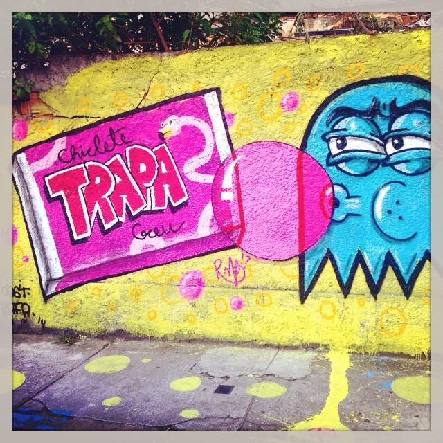 Goma de Mascar!  Cast e Rafa. #streetartrio #trapacrew