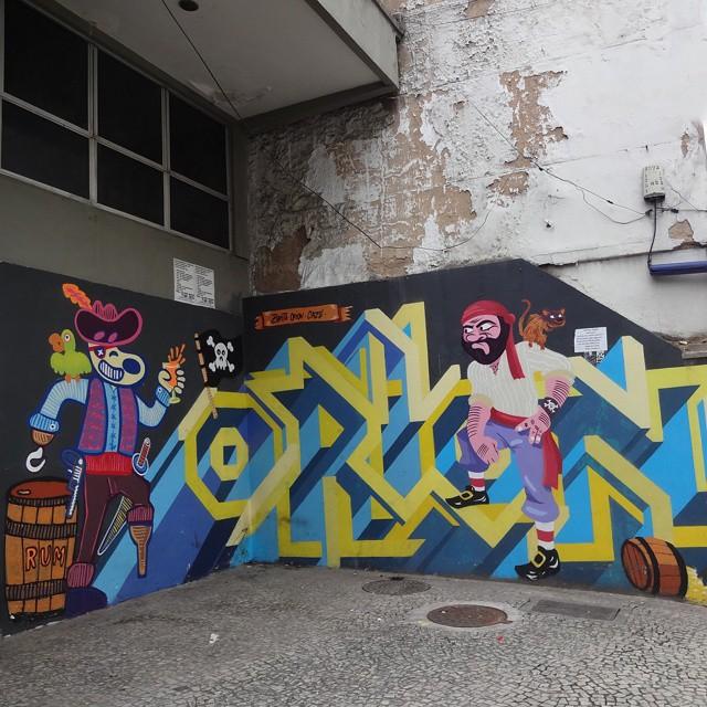 Graffiti art by @fabiobirita , @514orion and @cazesawaya . #piratasdoasfalto #fabiobirita #biritaillustration #barbudinho #riostreetart #streetartrio #urbanart #graffitiart #streetart #artederua #arteurbana #graffitibrasil #riodejaneiro
