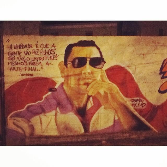Graffiti de dia dos pais (filho de louco, vira loucura) ... Meu herói, te amo pai! algumasilovebombing #streetartrio #street #art #brazil #graffiti #instaart #spray #riodejaneiro #rj #instagraffiti #graffiti #graffite #artederua #art #artist #urbanart #graffitibrazil #graffitebrazil #loveart #spraypaint #streetart #freestyle #graffitirj #graffrio #rua #hiphop