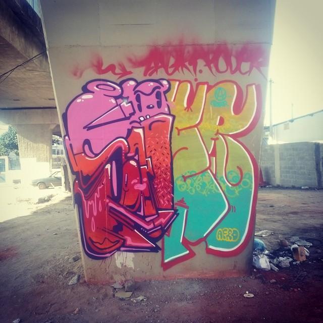 #Graffiti #streetartrio na companhia da minha amada @camilazleao e do irmão @poderafro tamujunto família!