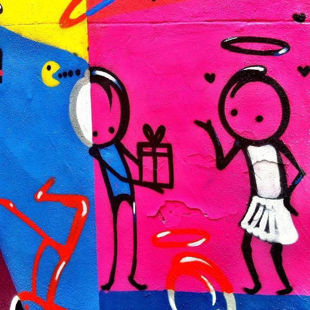 Grande @warkrocinha ! Detalhe de painel giga em copa. #urbanart #grafitti #StreetArtRio