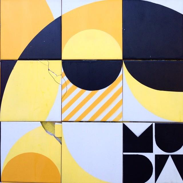 #MUDA QUEBRA ️ #azulejo #tile #artederua #streetart #streetartrio #rio #ColetivoMUDA