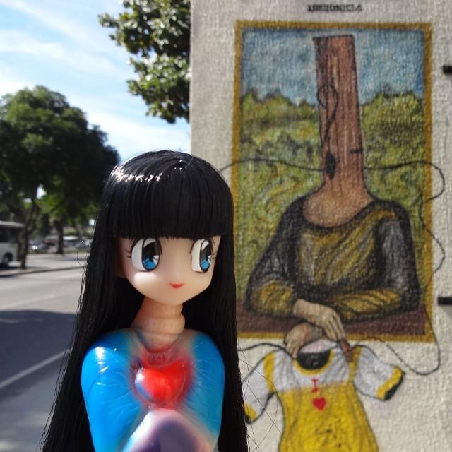Penanggalan wants that body. #penanggalan #yokai #marmit #amapro #anonimundo #leonardodavinci #davinci #monalisa #riostreetart #streetartrio #urbanart #graffitiart #artederua #arteurbana #graffitibrasil #riodejaneiro