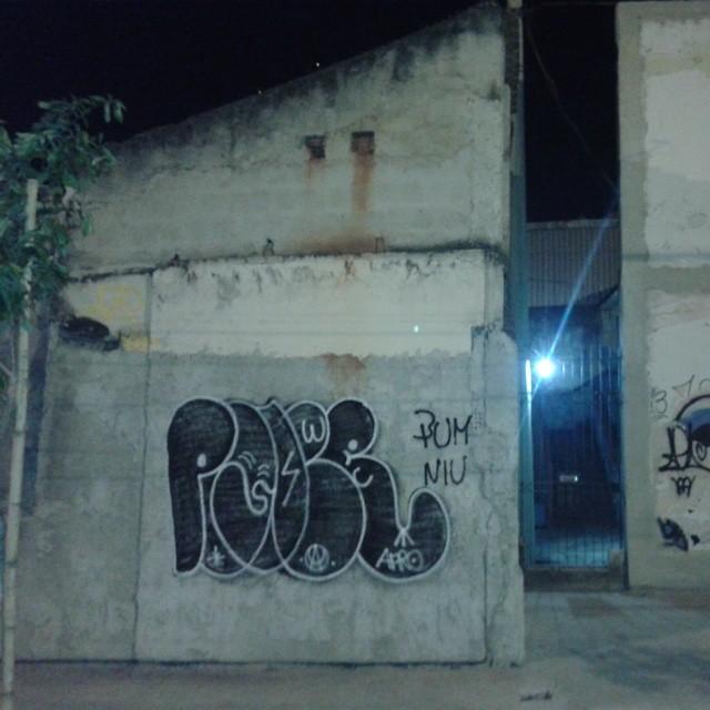 Último do rolezin de ontem. #ruasdazn #welovebombing #artistasurbanoscrew #estiloriginal #carreirasolo #streetartrio #iapidapenha630