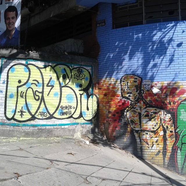 #carreirasolo #estiloriginal #artistasurbanoscrew #iapidapenha630 #welovebombing #tagsandthrows #ruasdazn #streetartrio
