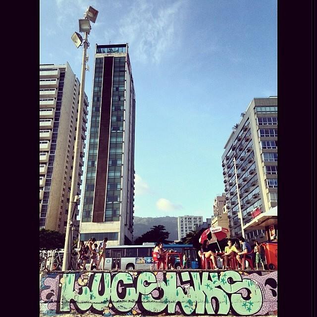 de: #Lucs e @rafaelsliks • #rjvandal