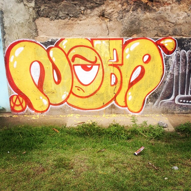 #ilovebombing #bomb #bomberman #streetartrio #streetwriters #writers #graffitiwriters #meusroles #tagsandthrows #throwup #oldschool #ipr630 #ruasdorj #ilovebomb #crew #wallcolors #spraypaint 2014