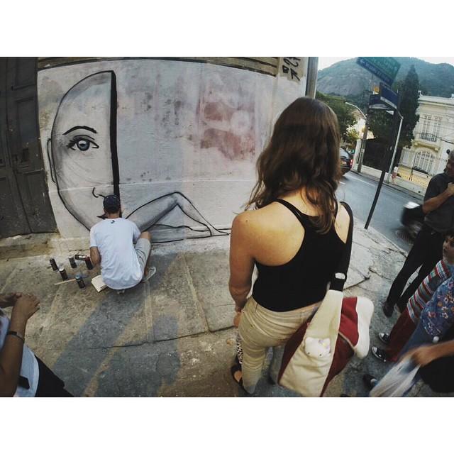 work in progress • Daqui a pouco estarei terminando a pintura na Rua das Palmeiras/Rua São Clemente! Quem quiser só chegar  • Botafogo - Rio de Janeiro #streetartrio #instagrafite #pngone