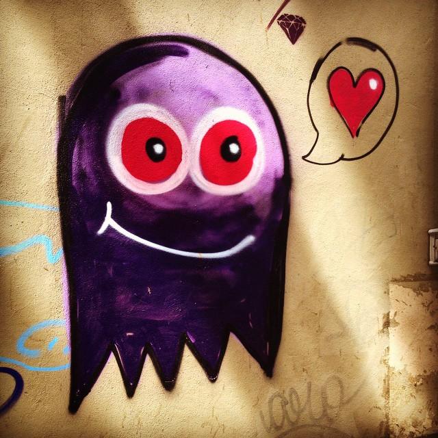 ️ #riopostcard #art #arte #graffiti #graffitiart #muros #olheosmuros #popart #pelasruas #publicart #pelosmuros #streetartrio #street_art #urbanart #wallart #coraçãonarua #cariocagram #cliquediaadia #coraçãovagabundo #dicasdehojerio #euamorio #eueosmeus #instagraffiti #love #RioAoVivo #riopegabem #riolifestyle #registrocarioca