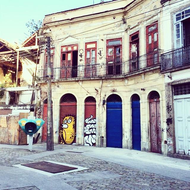 @mz_qpasa #graff #streetart #streetartrio #urban #throw #throwup #bomb #bombing #clessio #clessin #pedradosal #centro #qpasa #qpasacrew #mz #src #searc #rj #riodejaneiro