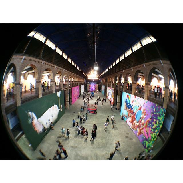 Ah, que coisa mais linda!! Valeu, @artrua, por esta tarde colorida! #artrua #streetartrio #graffiti #fisheye