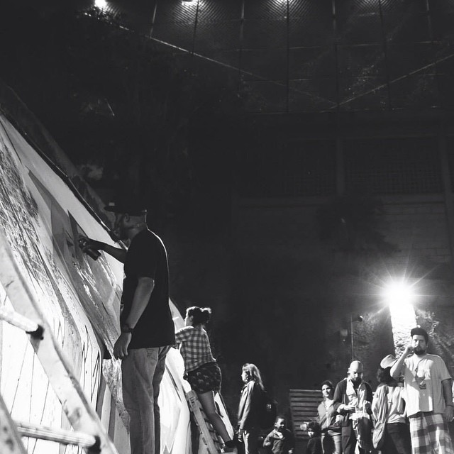 Durante o evento Geringonça Com @camizcamiz #nortecomun #zonanorte #instagraffiti #iloveletters iloveart #amoarte #spraypaint #action #worldgraffiti #writers #graffitilovers #graffitiwriters #blackwhite #artederua #urbanart #artistasurbanoscrew #crew #wildstyle #wallcolors #StreetArtRio