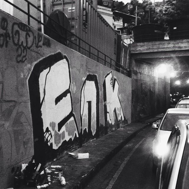 Graffiti terapia no transito caótico...