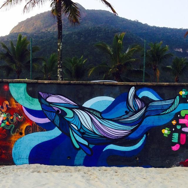 Hoje na praia com os amigos @marceloment @tarm1 @mga021 @rodrigo_villas ! Vida lúdica vamo nessa!!! #streetartrio @instagrafite