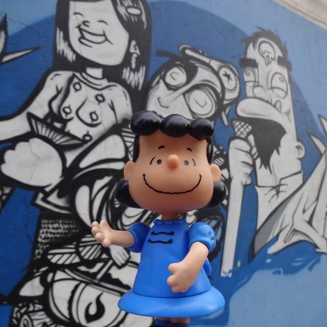I still love Lucy!  #lucyvanpelt #bossy #thedoctorisin #peanuts #charlesshulz #NRVO #carvas #gmemi #guilhermemi #riostreetart #streetartrio #urbanart #arteurbana #riodejaneiro