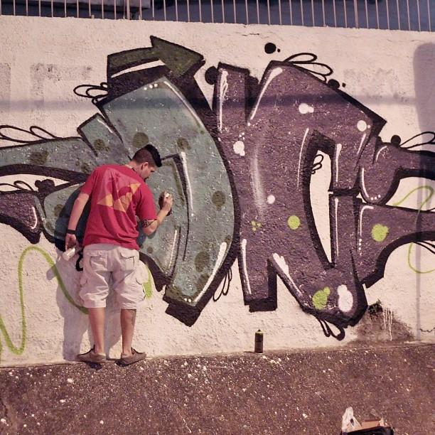 JC ! Face do amigo cast bela foto !! #instaart #spray #riodejaneiro #rj #instagraffiti #graffiti #graffite #artederua #art #artist #urbanart #graffitibrazil #graffitebrazil #loveart #spraypaint #streetart #freestyle #graffitirj #graffrio #rua #mtn #hiphop #streetartrio #ruasdazn #trapacrew #tafaltandomuro