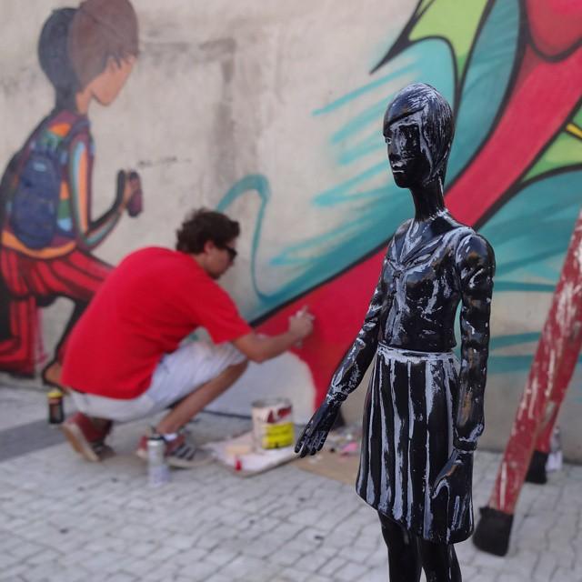 Passing by @fgaru ... #garuart #artrua #riostreetart #streetartrio #urbanart #graffitiart #streetart #artederua #arteurbana #graffitibrasil #riodejaneiro #daisukeichiba #velocitron #lezardnoir #unregardmoderne