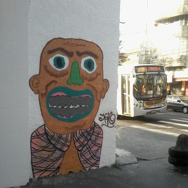 Personagem bonsucesso #ruasdazn #streetartrio #pato #arturbana #graffitiart