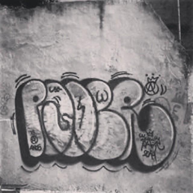 Poder-Afro 2014 #artistasurbanoscrew #carreirasolo #tagsandthrows #bomberj #welovebombing #poderafro #aucrew #streetartrio #estiloriginal