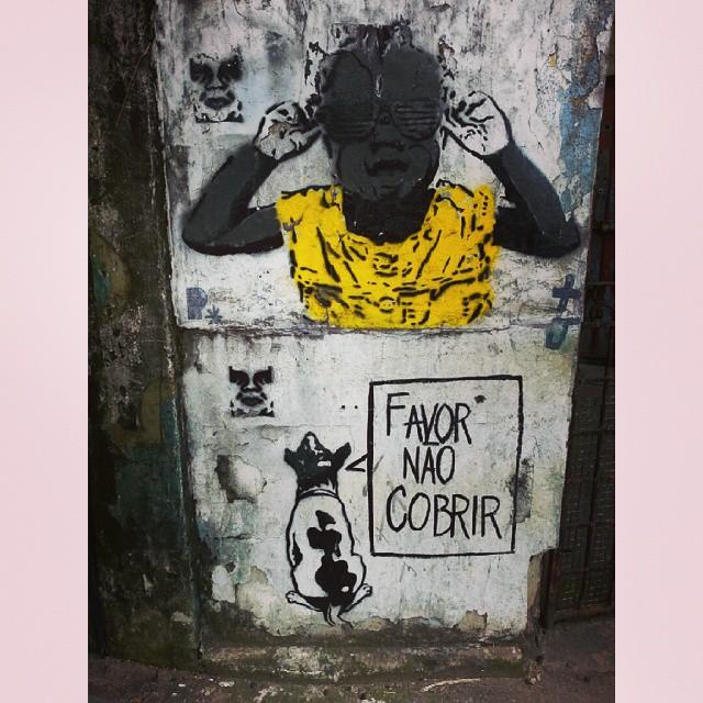 Por favor. #grafite #grafiteiros #grafiterj #pixo #rio #laranjeiras #streetart #art #instagrafite