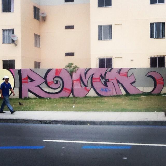 Por uma cidade menos cinza! #ilovebombing #streetartrio #street #art #brazil #graffiti #instaart #spray #riodejaneiro #rj #instagraffiti #graffiti #graffite #artederua #art #artist #urbanart #graffitibrazil #graffitebrazil #loveart #spraypaint #streetart #freestyle #graffitirj #graffrio #rua #hiphop #romastreetart