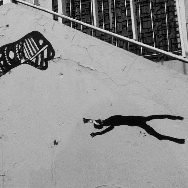 Se ficar o bicho come. #morrodaconceicao #desenho #tata #streetart #artederua