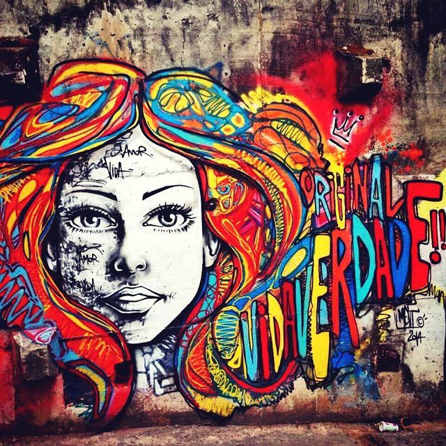 Só deixe que ela quebre as regras e o conduza. Deixar que ela seja convencional é uma afronta séria às característicasdela... #marceloment #ment #streetart #streetartrio #lindodever #gostomuito #arte #coresdorio