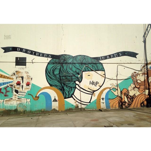 Tchau container. Olá melhor graffiti da eco. #rioetc #tonoadorofarm #streetartrio #cor #graffiti #streetart #riodejaneiro
