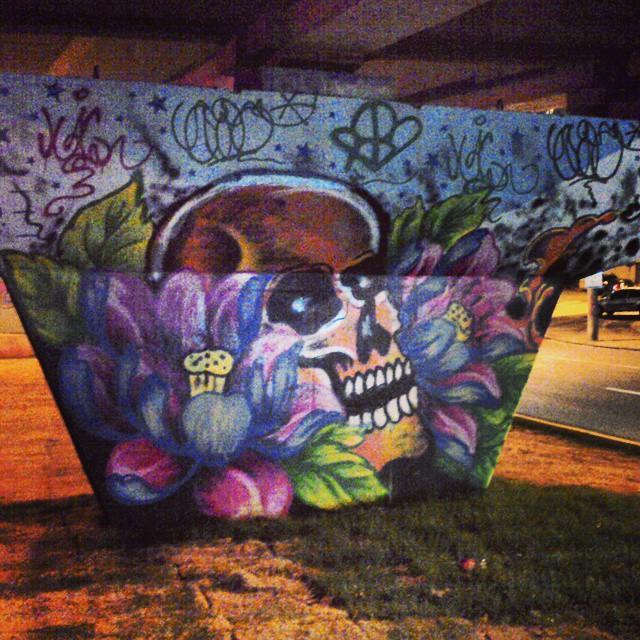 Viaduto em frente ao hospital. #StreetArtRio; #ArtRua; #GraffitiRio; #GaleRio.