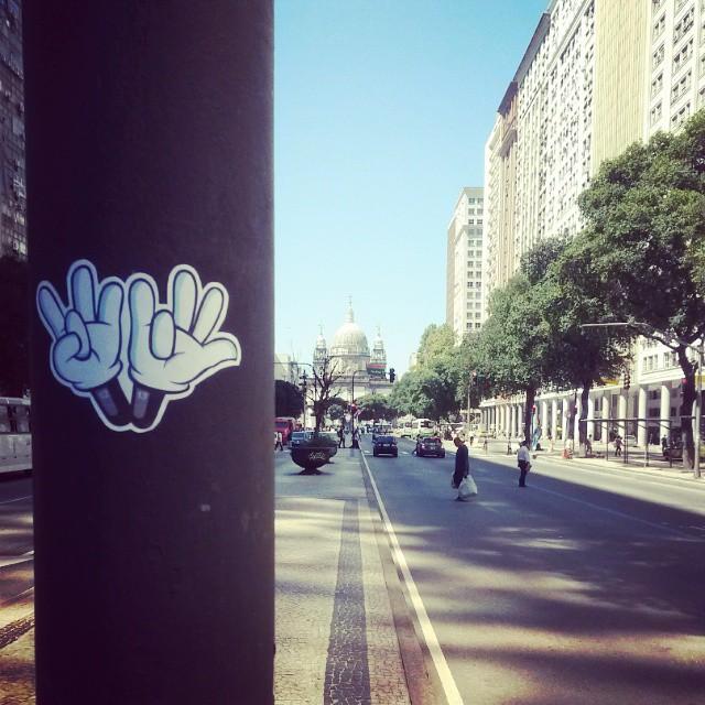 #dozetreze #sticker #streetartrio