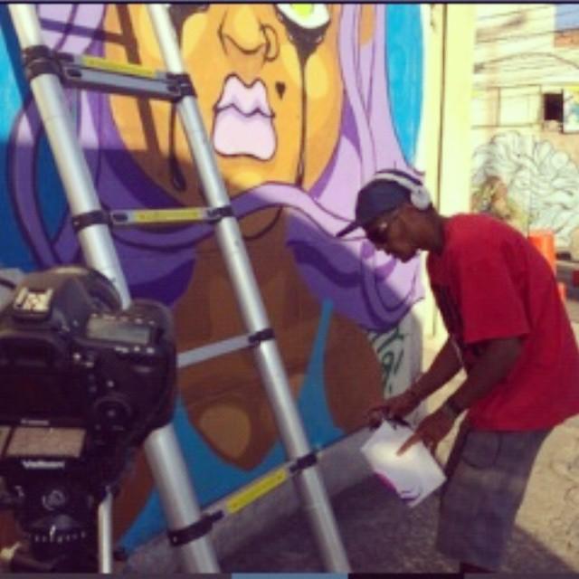 #graffiti #streetartrio #sonbil #tapu #rio #brasil #ruasdazn #doc #instagrafite #saocristovao Repost da amiga @floraab...