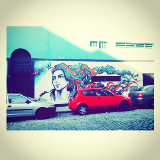 Ah se essa moça falasse, esquina cheia de histórias #fechandociclos #streetartrio