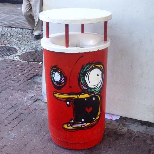 Art by @rafocastro #rafocastro #graffiti #streetart #streetartrio #urbanart #nofilter #ipanema #riodejanerio #brazil