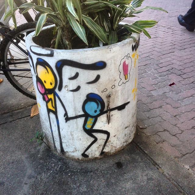 Art by @warkrocinha #angels #warkrocinha #graffiti #streetart #streetartrio #urbanart #nofilter #ipanema #riodejanerio #brazil