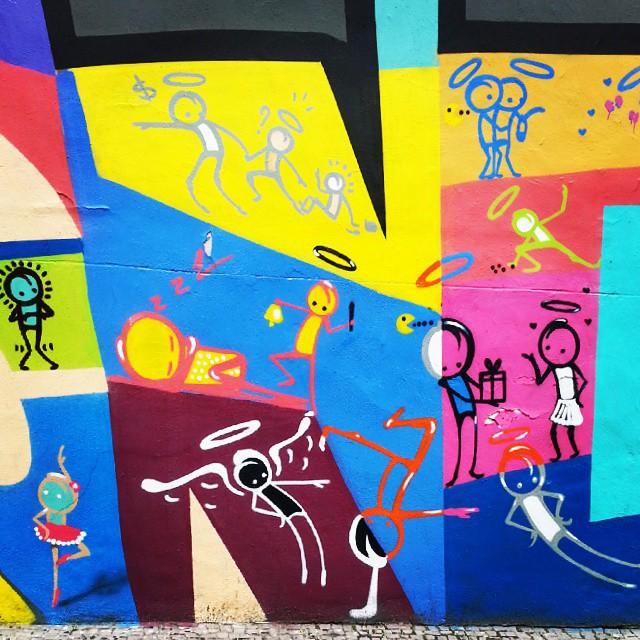 Belezuras do @warkrocinha. #StreetArtRio #copa #metrorio #siqueiracampos #grafite #grafiterj #art #streetart #arte #instagrafite