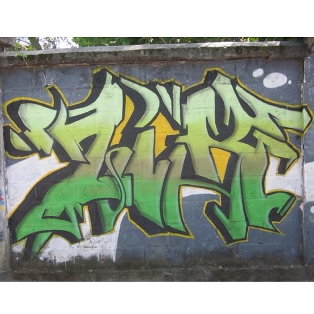 Bons tempos! Grafite em 2009 junto @dimitrih_ e @arruda94
