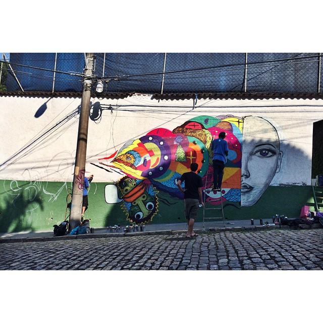 Chegou o @mundano_sp e @swagone55 para somar  • Cosme Velho - RJ #streetartrio #graffitiart #pngone @instagrafite @leiga_